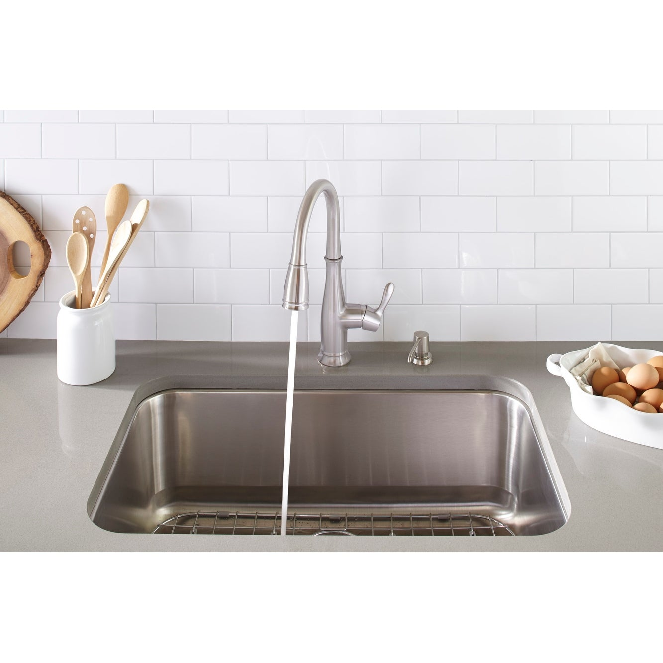 Mirabelle Mirxccd100 Cordelia 1 8 Gpm Single Hole Pull Down Kitchen Faucet