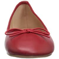 Brinley Co Womens Vika Closed Toe Ballet Flats