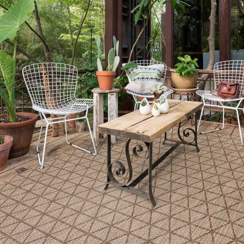 Alexander Home Havannah Indoor/ Outdoor Geometic Area Rug