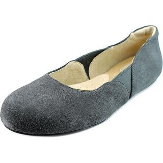 Softwalk Norwich N/S Round Toe Suede Flats