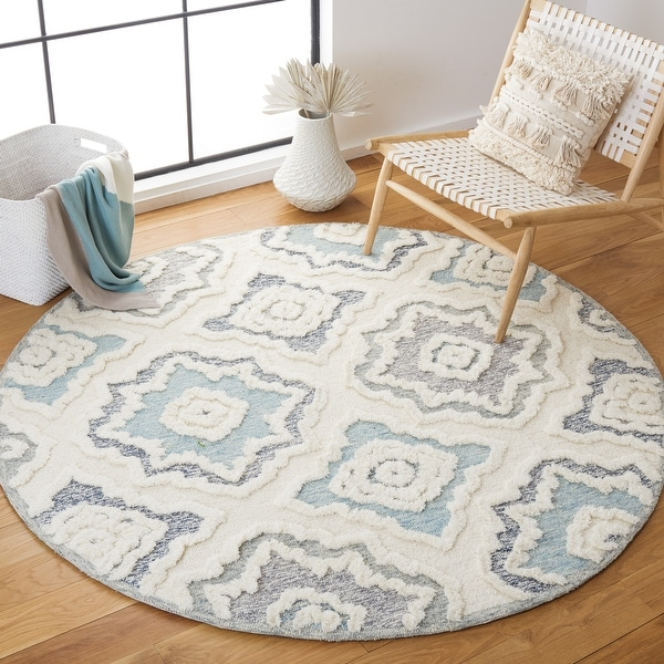 SAFAVIEH Handmade Metro Antosia French Country Wool Rug. Opens flyout.