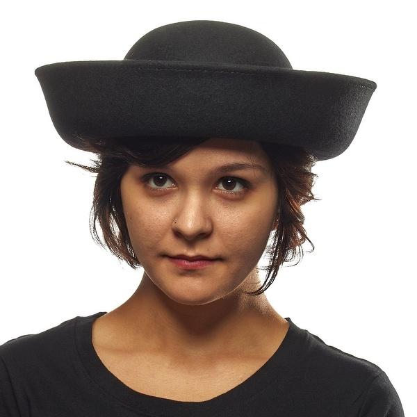 Dressed to the Nines Ladies Wool Hat