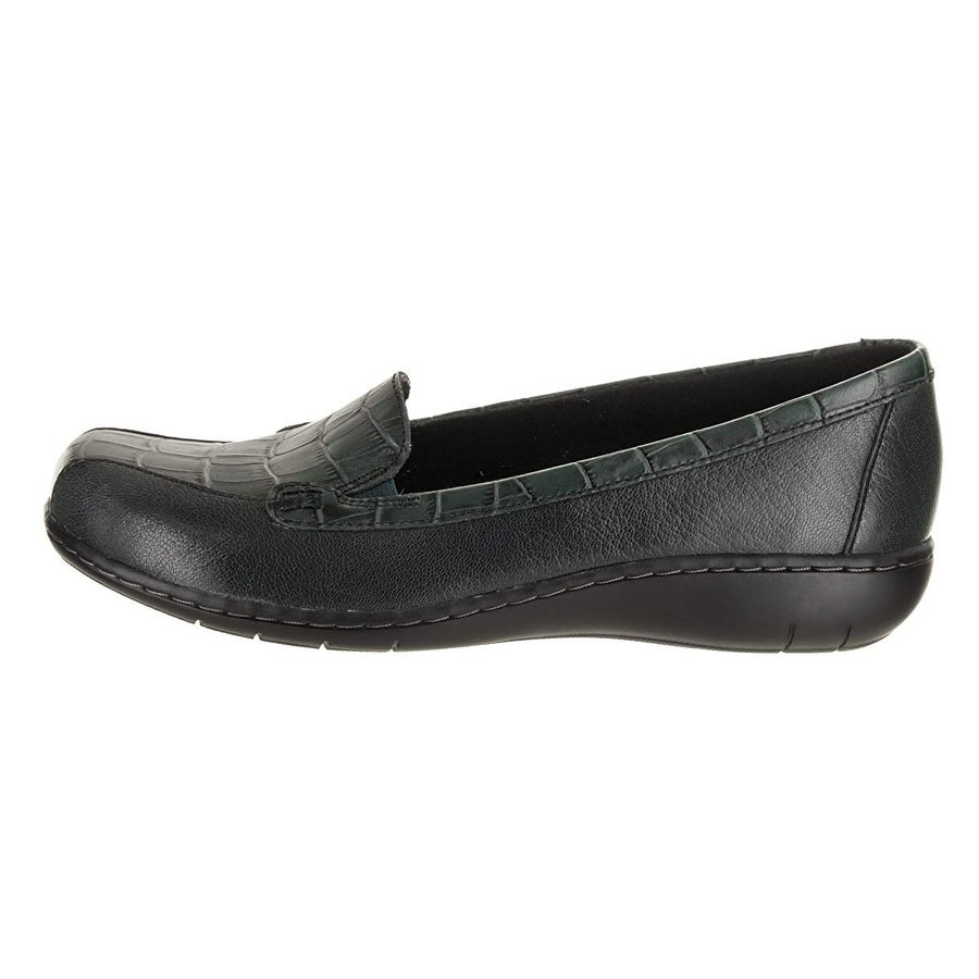 9878b0367b2d Buy Clarks Women s Loafers Online at Overstock