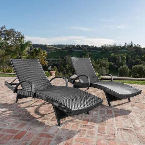 Toscana Wicker Outdoor Chaise Lounge Chair (Set of 2) by Christopher Knight Home