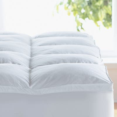 300 TC 100% Egyptian Cotton Hypoallergenic Down Alternative Mattress Topper with All-Around Fitted Bed Skirt