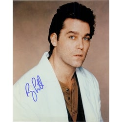 Signed Liotta Ray 8x10 autographed