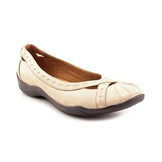 Clarks Artisan Kessa Nora Women W Round Toe Leather Brown Flats
