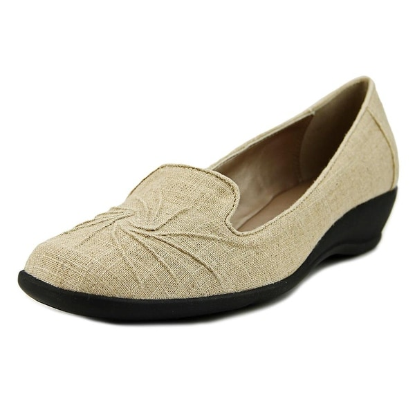 Soft Style by Hush Puppies Rogan Women Natural Flats