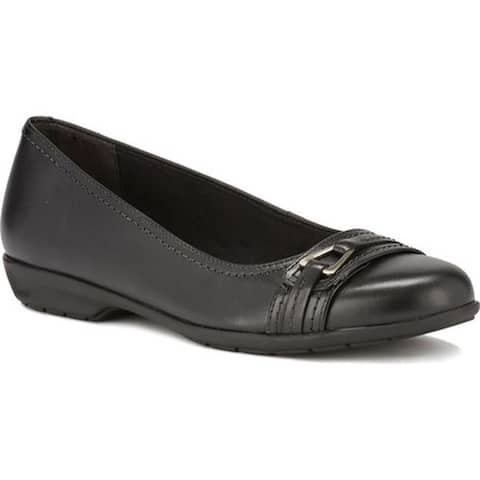 Walking Cradles Women's Flynn Ballet Flat Black Leather