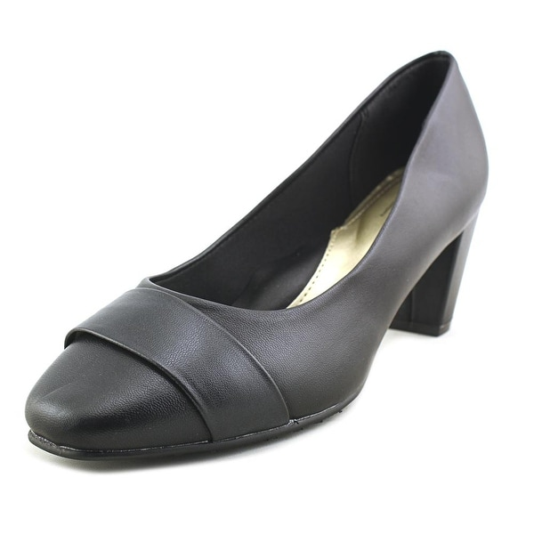 Soft Style by Hush Puppies Mabry Black Prima Pumps