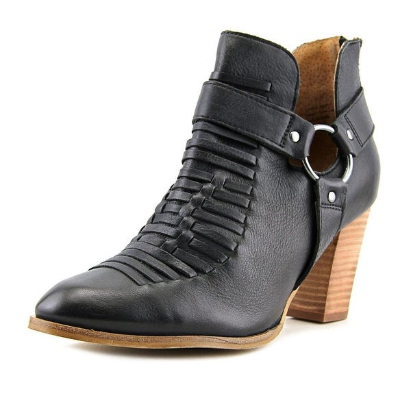 Seychelles Impossible Women Pointed Toe Leather Black Ankle Boot