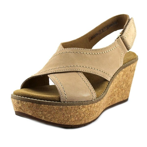 Clarks Artisan Aisley Tulip Women Open Toe Leather Tan Wedge Sandal