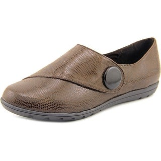 Hush Puppies Veda W Round Toe Leather Loafer
