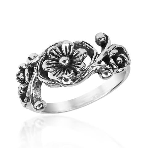 Handmade Ethereal Romance Floral Sterling Silver Ring (Thailand)