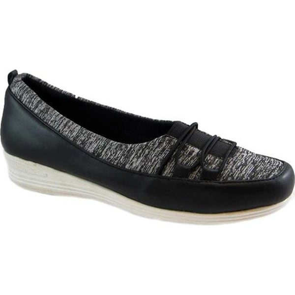 184d3615d93c Beacon Shoes Women's Polly Sneaker Black Stretch Fabric