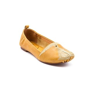 Latigo Bonzai Women's Flats & Oxfords Saffron