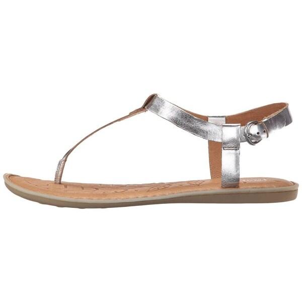 B.O.C Womens Lo Leather Split Toe Casual T-Strap Sandals