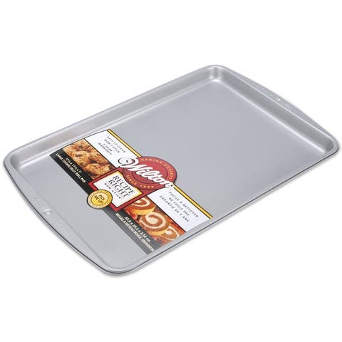 Wilton 2105-968 Recipe Right Non-Stick Cookie/Jelly Roll Pan, Large