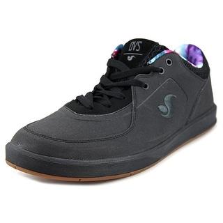 DVS Endeavor Round Toe Suede Sneakers
