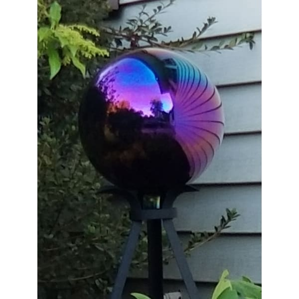 3201c9e4 Shop Sunnydaze 10-Inch Glass Gazing Globe Ball with Mirrored Finish, Color  Options Available - Free Shipping On Orders Over $45 - Overstock - 16000294