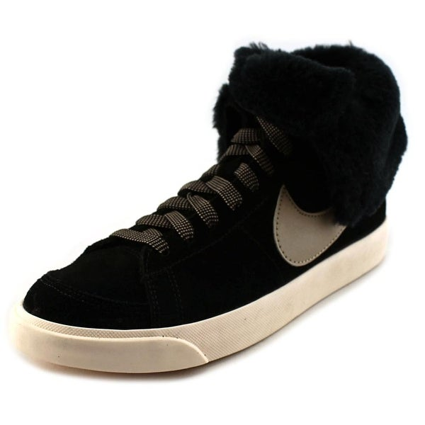 Nike Wmns Blazer High Roll Round Toe Suede Sneakers