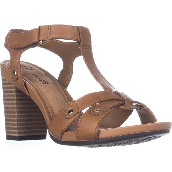 Clarks Banoy Valtina Cushion T-Strap Dress Sandals, Tan