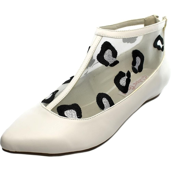 2 Lips Too Too Shy Women Pointed Toe Synthetic White Flats