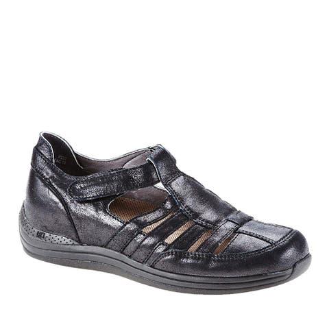Drew Shoe Womens Ginger Closed Toe Mary Jane Flats