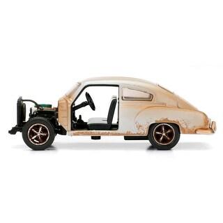 Doms Chevrolet Fleetline F8 Model Car