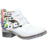 Dromedaris Women's Kelsy Flower Buckle Boot Ivory Soft Waxy Leather/Suede