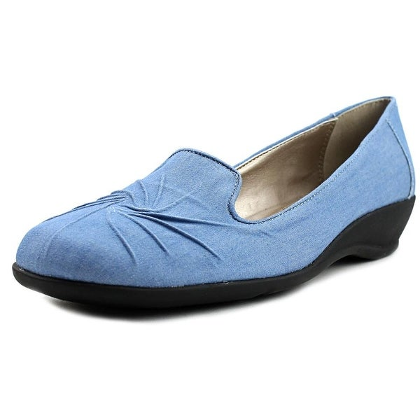 Soft Style by Hush Puppies Rory Women Lt Blue Chambray Flats