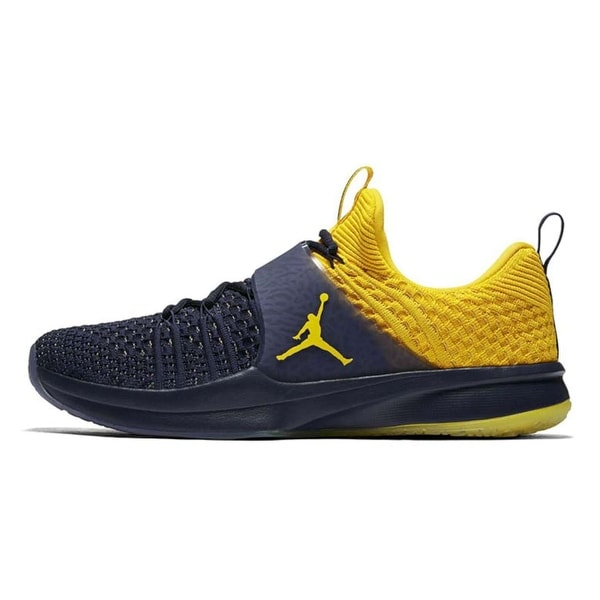 88b86b5c7a7a Shop Jordan Mens Trainer 2 Flyknit Low Top Lace Up Running Sneaker ...