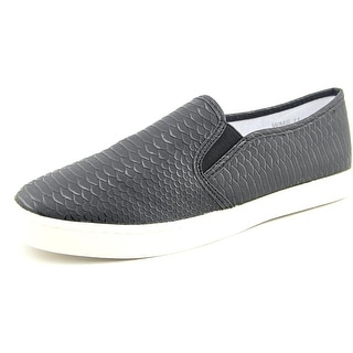 Report Arvon Women Round Toe Synthetic Loafer