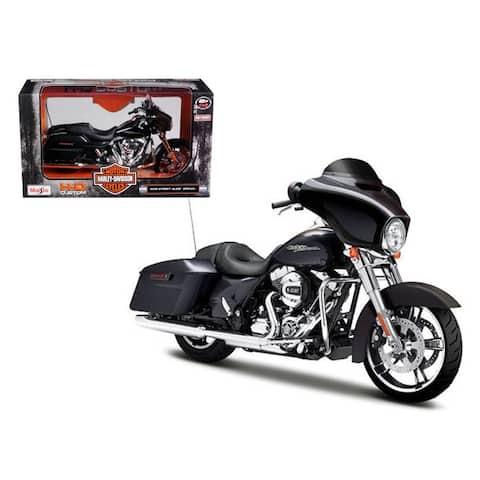 2015 Harley Davidson Street Glide Black 1/12 Motorcycle Model by Maisto