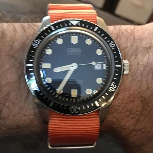 shop oris men s 733 7720 4055 ls 26 heritage divers 65 blue dial