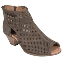 Earth Womens Intrepid Sandal - The ankle boot Sandal with plenty of personality.