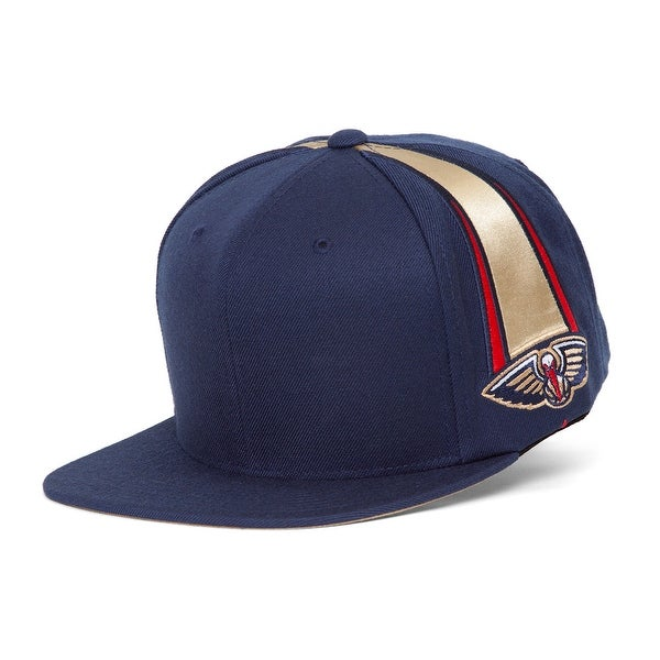 16558fcdf2b Mitchell  amp  Ness New Orleans Pelicans Blank Front Short Hook Snapback