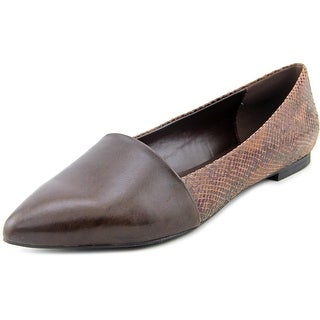 Isaac Mizrahi Danielle Women Pointed Toe Leather Flats