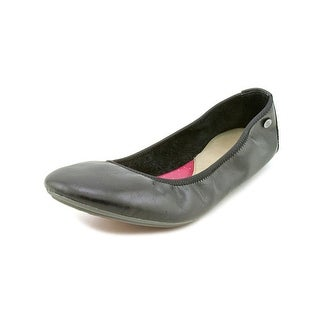 Hush Puppies Chaste Ballet WW Round Toe Leather Ballet Flats