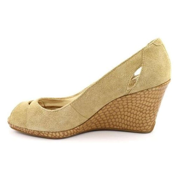 Kenneth Cole Reaction Womens Knock It Suede Peep Toe Wedge Pumps