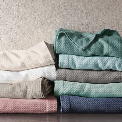 Madison Park Egyptian Cotton Year Round Solid Blanket