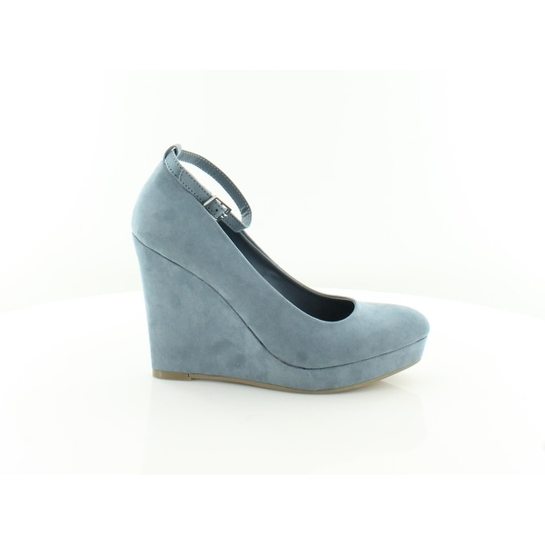 Material Girl Vivie Women's Heels Powder Blue