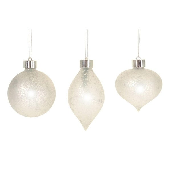 Pack of 6 Unique and Classy LED Antiqued Christmas Glass Ornament with Remote 5.25""