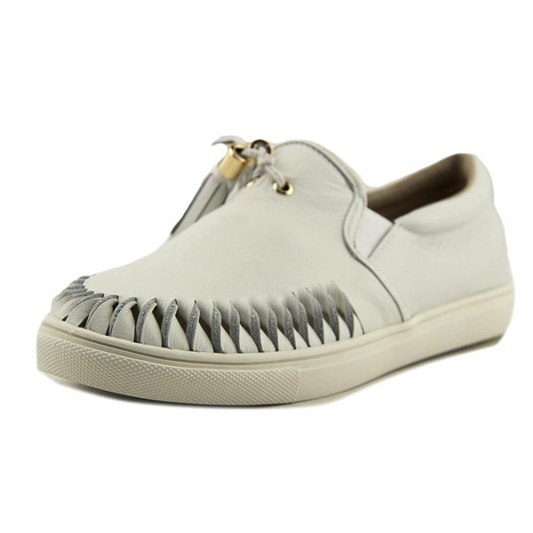 J/Slides Cheyenne Women Round Toe Leather Loafer