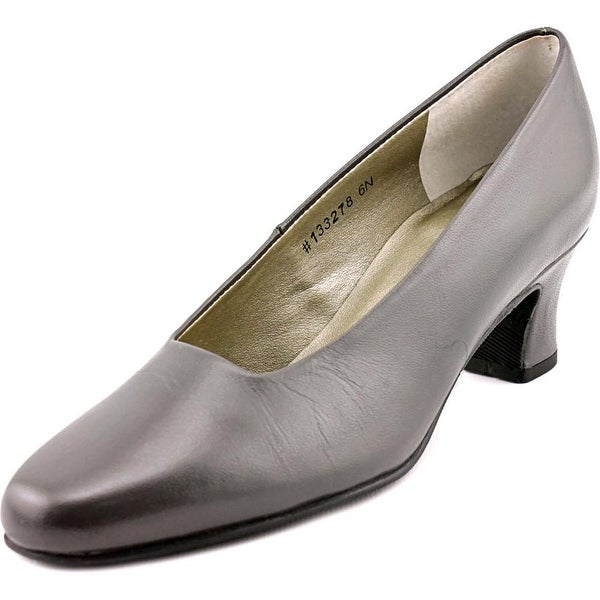 Mark Lemp By Walking Cradles Vicki Grey Pumps