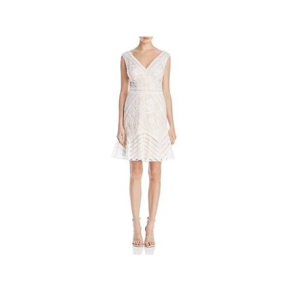 c8b1ab23492 Tadashi Shoji Womens Special Occasion Dress Lace Overlay Fit  amp  ...