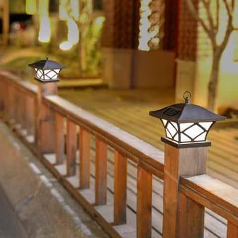 Set of 2 Traditional Solar Post Lights