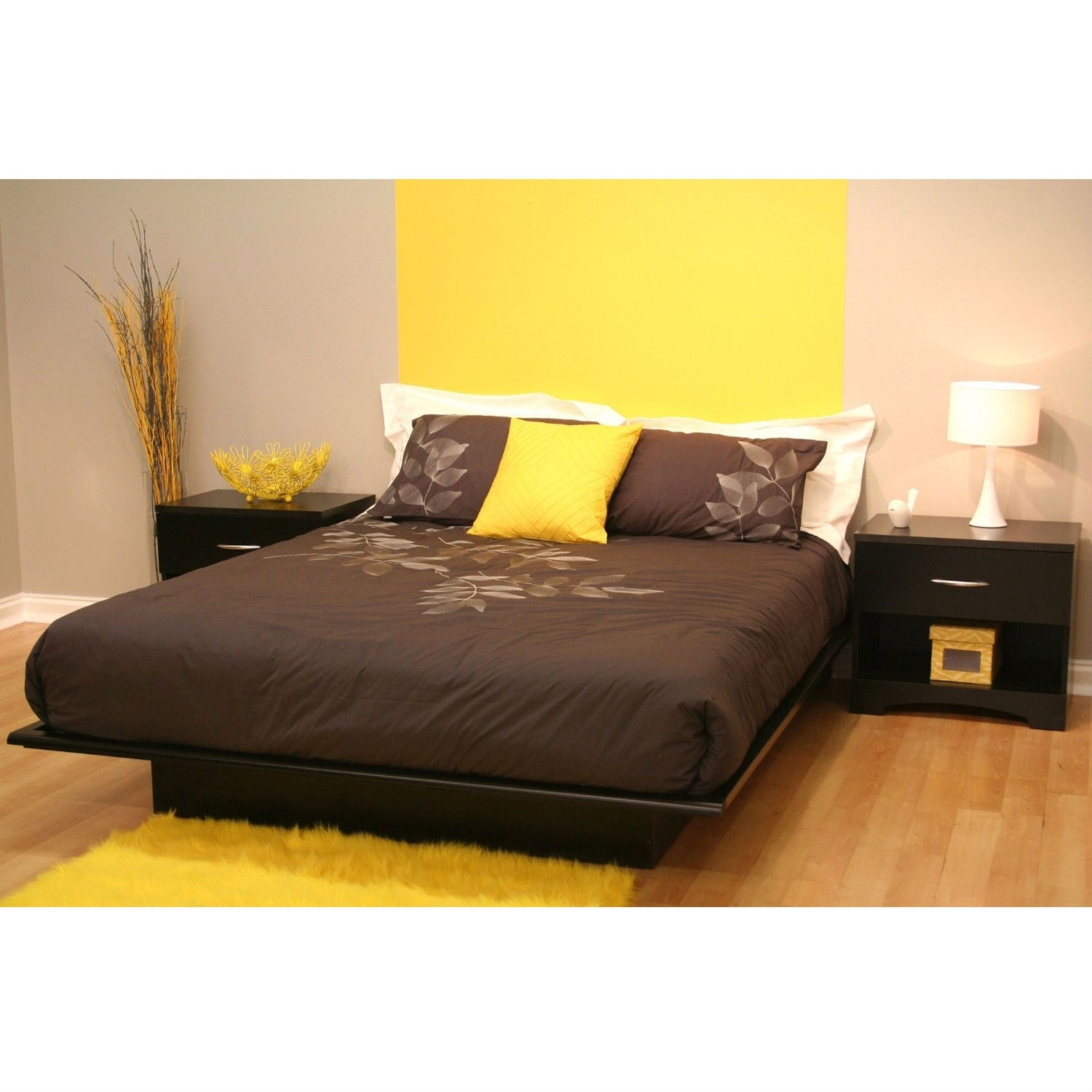 Picture of: Queen Size Modern Platform Bed Frame In Black Wood Finish On Sale Overstock 29083805