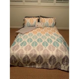 Carson Carrington Stockholm Yellow/Aqua Comforter and Cotton Sheet Set
