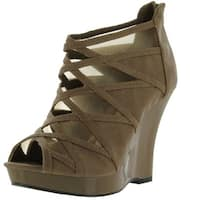 Qupid Luxe Womens Bristol Fashion Sandals - taupe distress pu